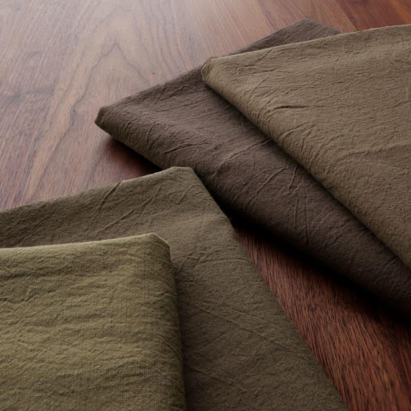 color:(右から)モカ/ブラウン(左から)カーキベージュ/カーキ