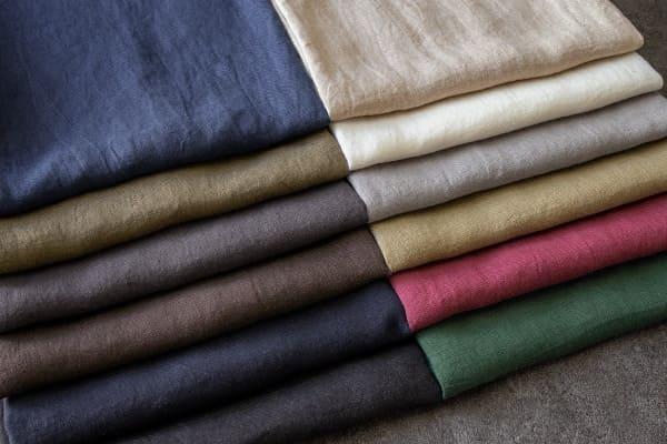 洗いこまれた綾織りベルギーリネン1/25番手